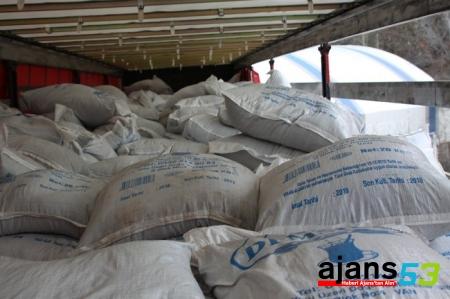 Gümüşhane'de 20 ton kaçak çay ele geçirildi