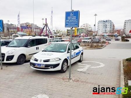 YEREL BASIN İŞE YARADI, TRAFİK POLİSİNE CEZA KESİLDİ