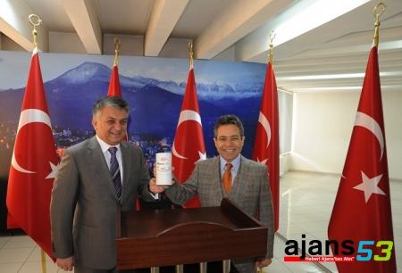 Vali Yazıcı, Kaçkar Turizm Birliği Toplantısına Başkanlık Yaptı