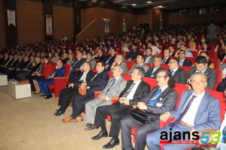 RTEÜ'DE DÜZENLENEN ULUSAL TIP ÖĞRENCİ ACİL KONGRESİ  BAŞLADI