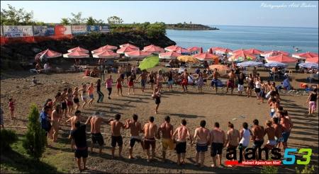 Rize'de 12 plajın suyu temiz çıktı.. İşte o yerler..!