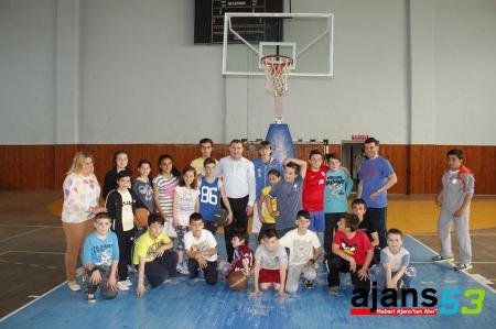 AK Parti'yle Rize'de Sporda ve Sosyal Hizmetlerde Büyük İlerleme
