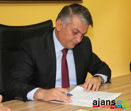 Vali Yazıcı,  Basın Bayramı dolayısıyla kutlama mesajı yayımladı