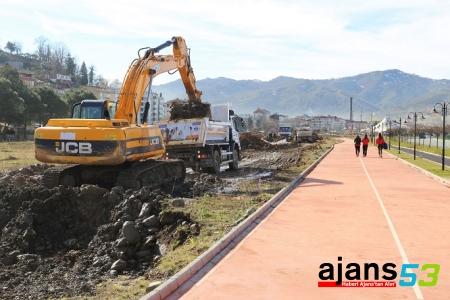 Sahil spor kompleksi inşaatına başlandı