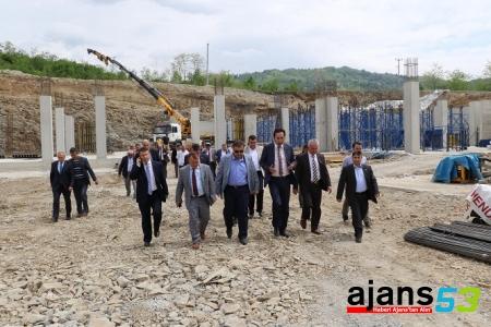 OSB'de Fabrikalar Yükselmeye Başladı