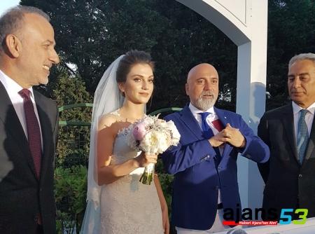 Hikmet Hoca'nın Düğününden Çok Özel Kareler