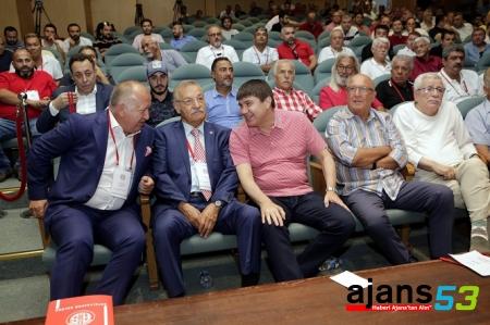 Antalyaspor'a Eto'o 'dan Küçük Başkan!