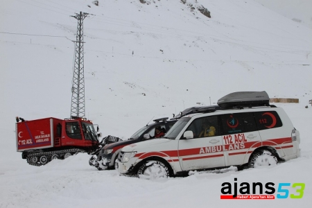 Rize Sağlık Müdürlüğü ekipleri 'kar' tatbikatı yaptı