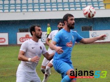 Pazarspor 6 Gol Attı, Barebere Kaldı!