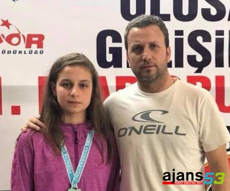 Rize'nin Şampiyon Yüzücüsü Ebrar Meral Kaza Geçirdi